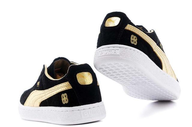 Женские кроссовки Puma Suede перед покупкой