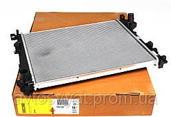Радиатор охлаждения Renault Trafic/Opel Vivaro 2.0CDTI