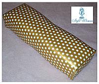Подставка подлокотник для маникюра подушка из кожзама золотая в горошек