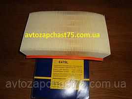 Фильтр воздушный Ford Tranzit 2000-2006 года (производитель Hengst Filter, Польша)