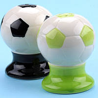Солонки-мячи на подставке