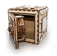 Сейф. Настоящий деревянный сейф с трехзначным кодом из 179 частей.