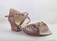 Обувь танцевальная для девочек блок каблук кожа