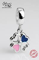 """Серебряная подвеска-шарм Пандора (Pandora) """"Сине-розовый клевер"""" для браслета"""