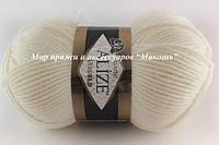 Пряжа полушерстяная Лана голд  Lanagold, № 62, молочный