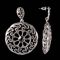 Серьги-пусеты с подвеской Ажурный круг, темные стразы, металл под серебро, 30мм