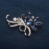 Брошь 6 Синих Кристаллов линии в белых стразах цвет металла серебро 6,5см