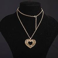 Колье на цепочке Ажурное с наполнителем стразы Сердце цвет металла золото