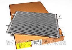 Радиатор кондиционера Renault Trafic/ Opel Vivaro / Nissan Primastar 2.0CDTI 06-