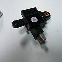 Регулятор напряжения ВАЗ-2110 с щетками