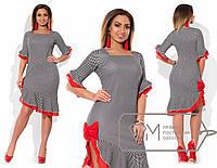 Платье  приталенное из микродайвинга с бантом на разрезе и асимметричными оборками на шифоне размер 48-54