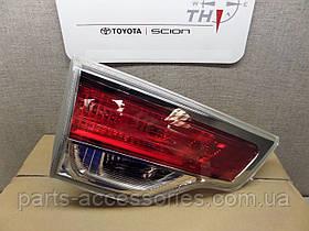 Toyota Highlander 2014-17 задний левый фонарь в крышку багажника Новый Оригинал