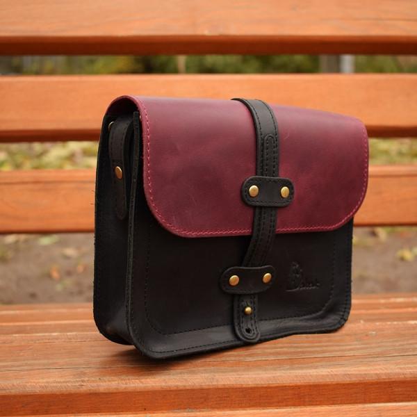 Шкіряна жіноча сумка Folk Babak 865076/66 чорний/марсала