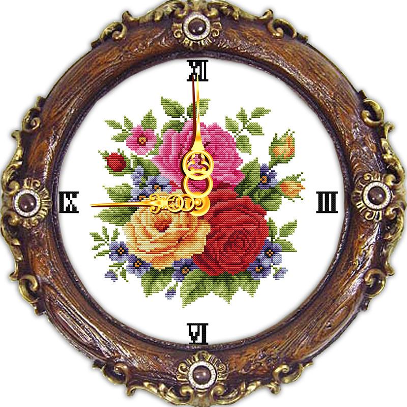 Набор для вышивания крестом с печатью на ткани NKF  Часы. Розы  14ст G028