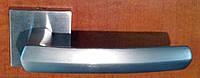 Дверная ручка на квадратной раздельной розе Dafne 019 матовый хром LineaCali