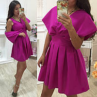 Женское нарядное платье с пышной юбкой