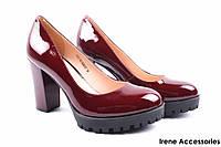 Стильные туфли женские Lady Marcia натуральная лаковая кожа (изысканные, удобная колодка, каблук, бордо)