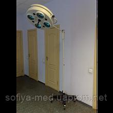 Светильник хирургический бестеневой передвижной СМ - 28