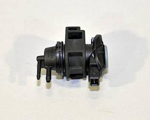 Клапан управления турбины на Renault Trafic II  2.0dCi 11->2014 — Renault (Оригинал) - 8200661049