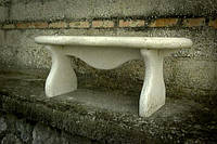 Скамейка из мрамора