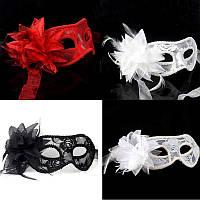 Красная ажурная кружевная маска на каркасе для лица, девичник,корпоратив, романтика