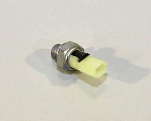 Датчик давления масла на Renault Trafic II 01->14 1.9dCi+2.0dCi+2.5dCi — Renault (Оригинал) - 8200671272