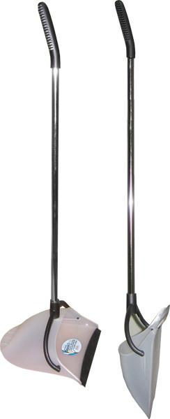 Переварачивающийся совок с длинной ручкой хромированный