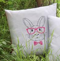 """Набор для вышивки крестом   Vervaco """"Rabbit with pink glasses (Кролик в очках из розовой оправы)"""""""