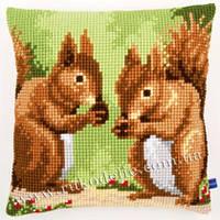 """Набор для вышивки крестом   Vervaco """"Nibbling squirrels (Белки)"""""""