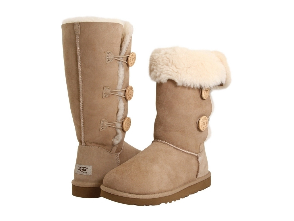 UGG Bailey Button Triplet Sand - 2350