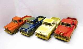"Машинка KINSMART ""Chevrolet Stepside Pickup"" (коричневая)"