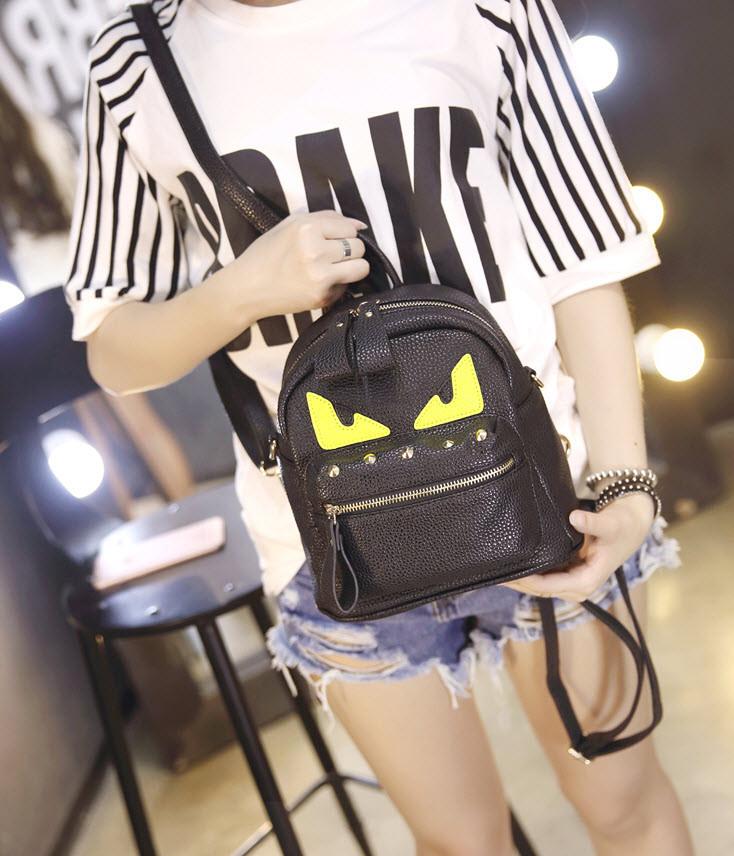Вместительный мини рюкзак со злыми глазками