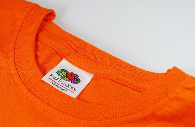 Оранжевая мужская классическая футболка
