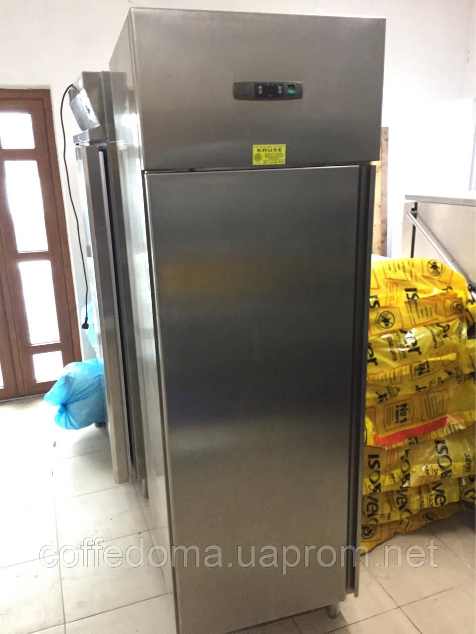 Холодильный шкаф из нержавейки на 700 литров