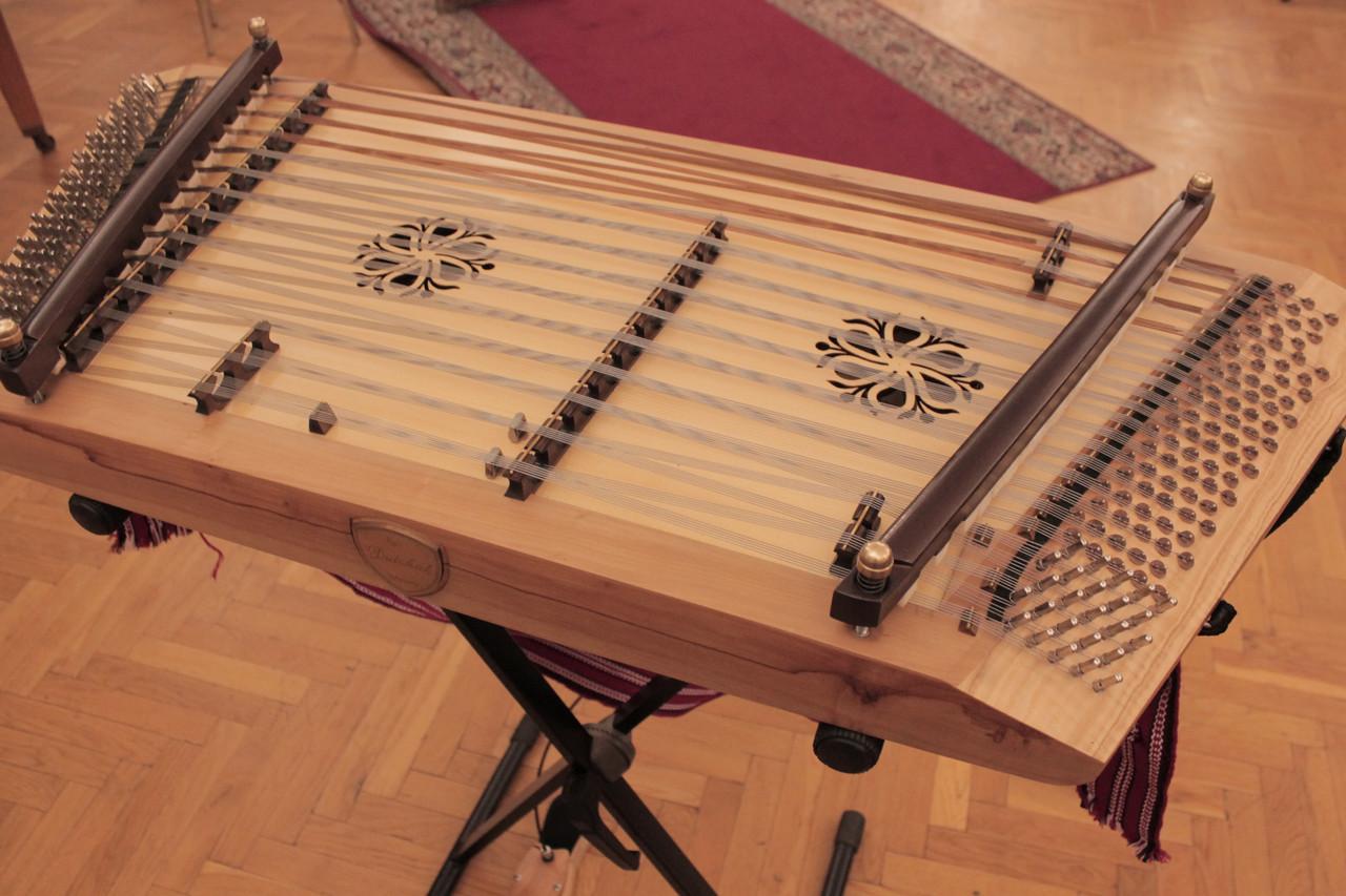 Учні музшкіл Прикрапаття найчастіше обирають скрипку, фортепіано, цимбали та бандуру