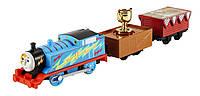 Моторизированный паровозик Томас с трофеем the Train TrackMaster Trophy Thomas