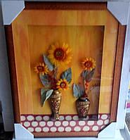 Цветочная композиция в рамке под стеклом.
