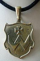 Герб семьи Хмельницких подвеска.
