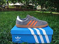 Новые модные кроссовки Adidas Samba. (адидас самба) серые с красными полосками