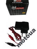 Зарядне для акумулятора 12V Mototech