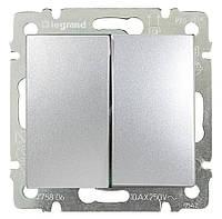 Переключатель на два направления двухклавишный Valena 10 AX 250 В~ алюминий Legrand 770108