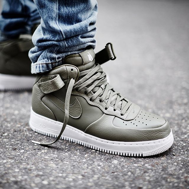 3b942644 Nike Air Force 1 Mid SP
