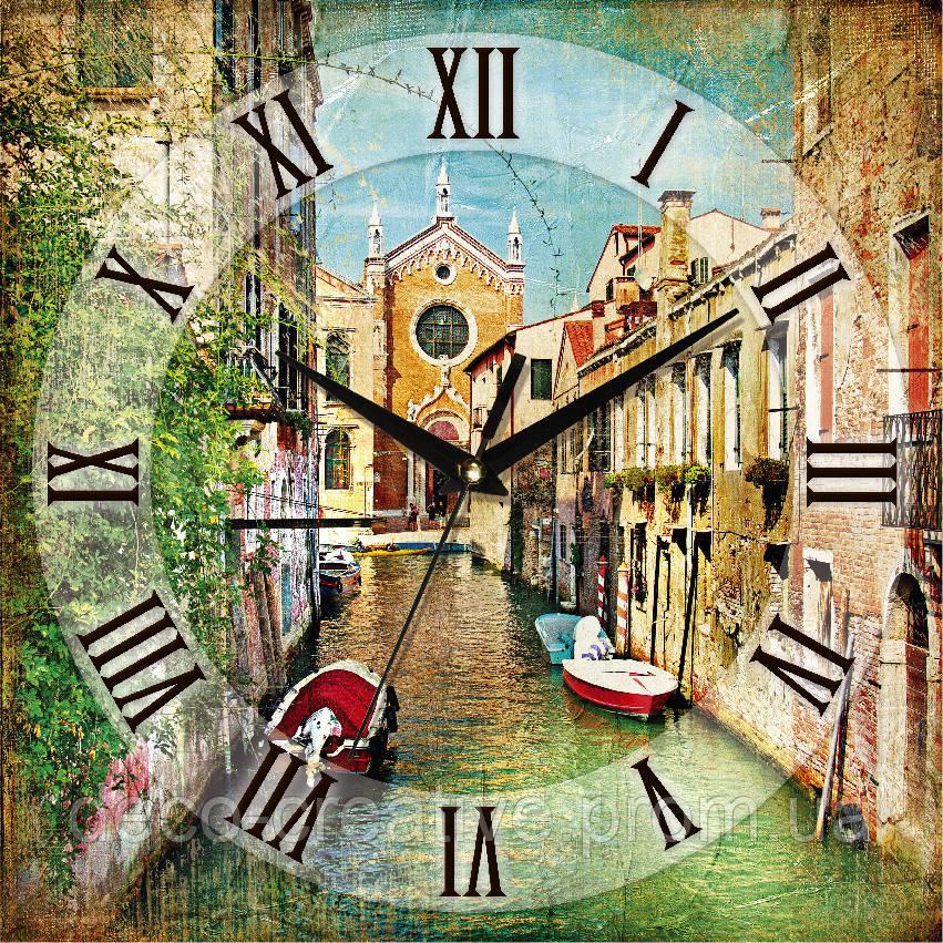 Годинник настінний вулиці Венеції