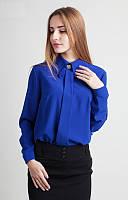 Качественная синяя блузка с длинным рукавом и оригинальным воротником