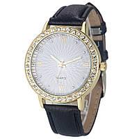 Элегантные женские часы Cristal со стразами