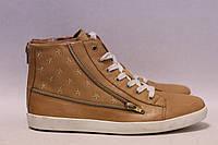 Женские ботиночки Andre 39р.