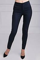 Классические брюки с функциональными боковыми карманами