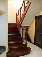 Лестница поворотная закрытая из дерева, фото 1
