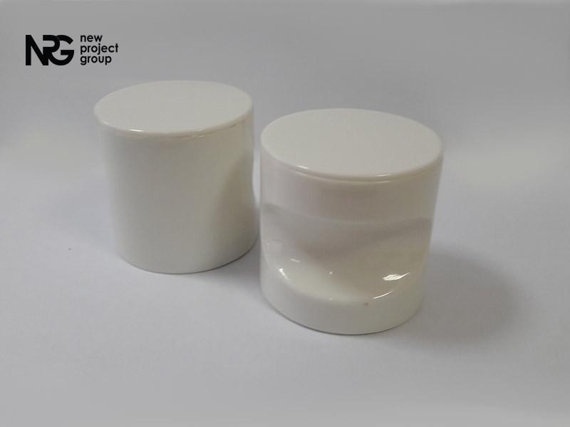 Ручка пластиковая накладная BASE (белая)