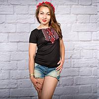 """Жіноча футболка з вишивкой """"Геометрія червона"""" на чорному фоні 42-52 рр"""